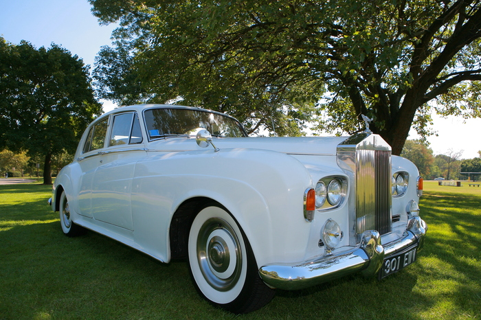 Rolls Royce Silver Cloud & Bentley Collection by Santos VIP Limousine | New Jersey Weddings