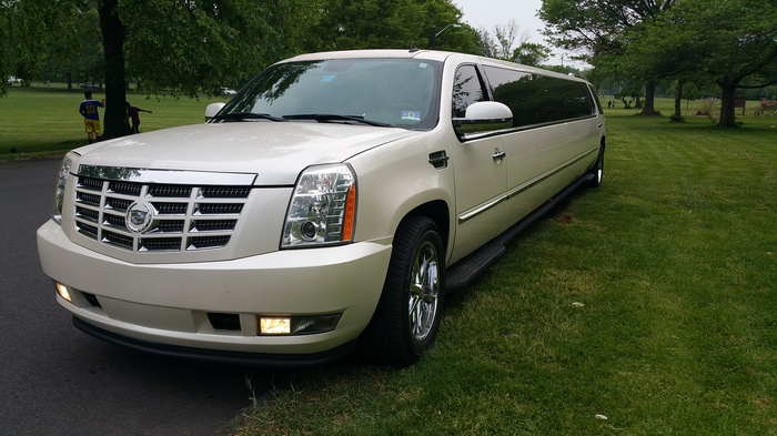 Cadillac Stretch Limousine by Riviera Limousines | Hackettstown, NJ