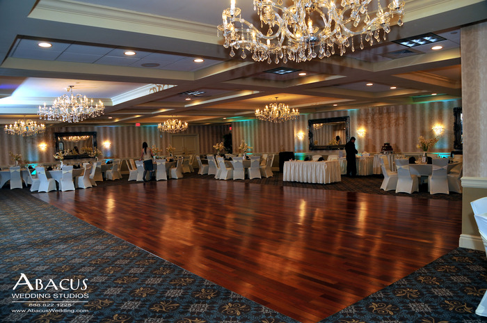 The Sterling Ballroom at the DoubleTree Hotel | Abacus Studios Photography & Video