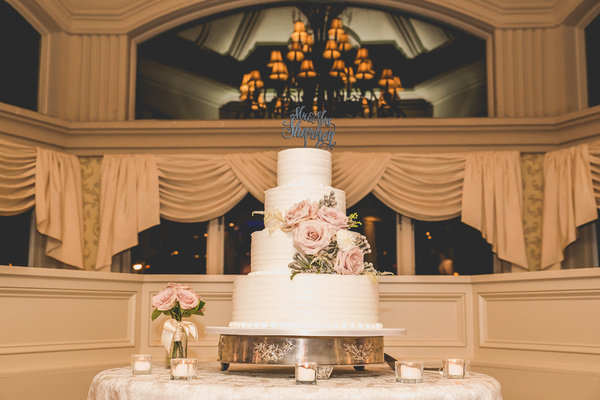 Wedding Cakes | Nicole Klym Photography