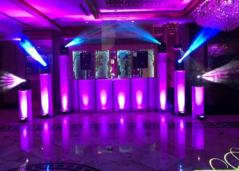 Signature Events by Magic Moments Productions - DJ / Bands
