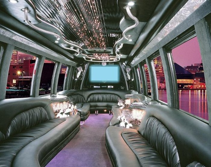 Party Buses & Limos for Weddings | V.E.I. Limousine