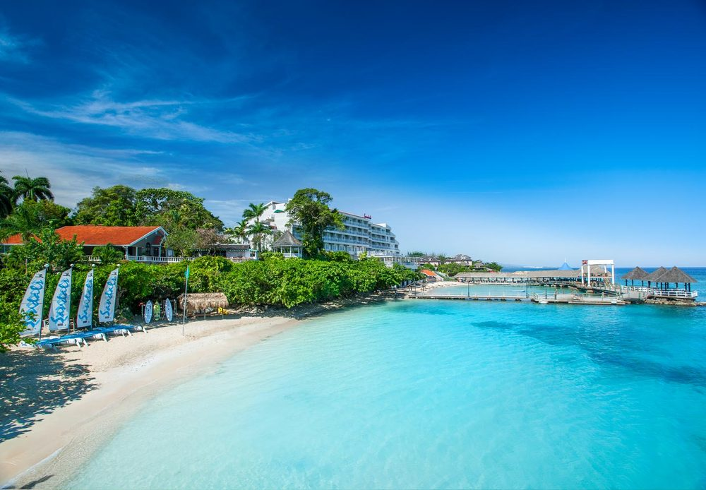 Honeymoon Expo Center - Sandals Ochi Beach Resort, Jamaica, Honeymoons & Destination Weddings
