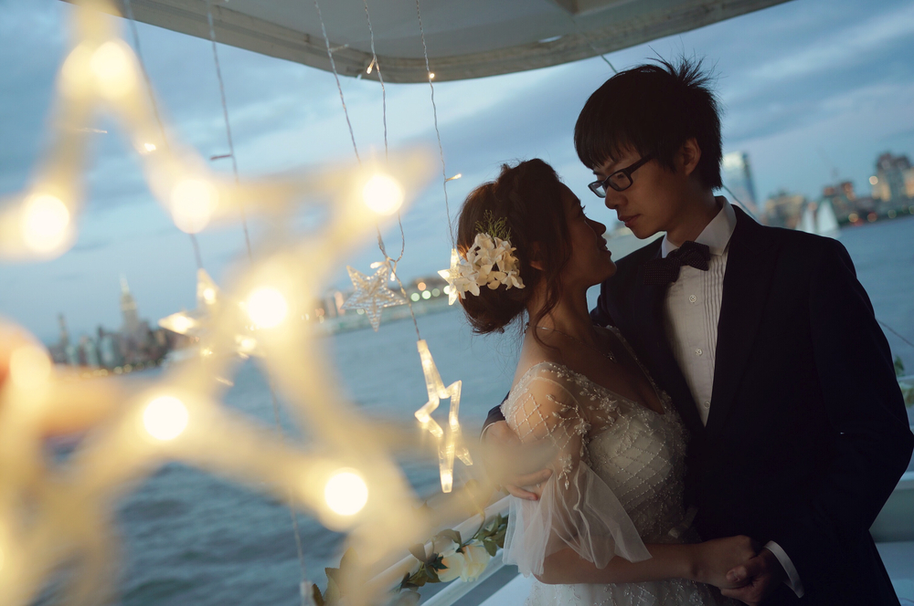 Jingqin & Yu's Yacht Wedding on Sundancer | Smooth Sailing Celebrations