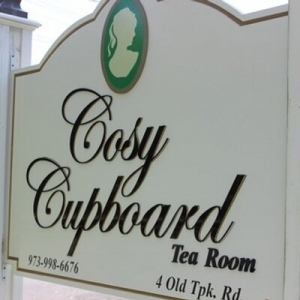 NJ Wedding Vendor Cosy Cupboard Tea Room in Morristown NJ