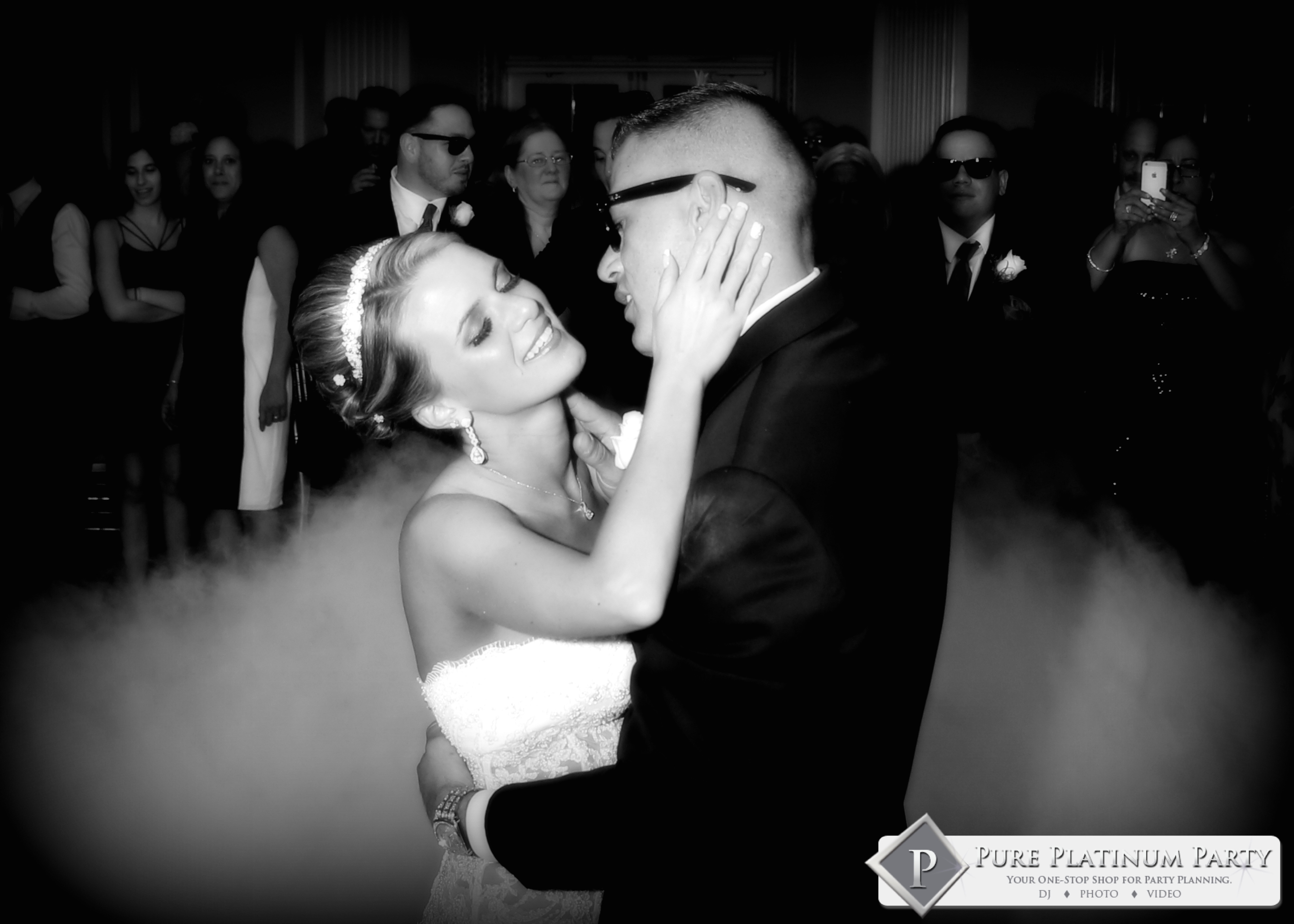 New Jersey Couple Dances on the Clouds for Their First Dance