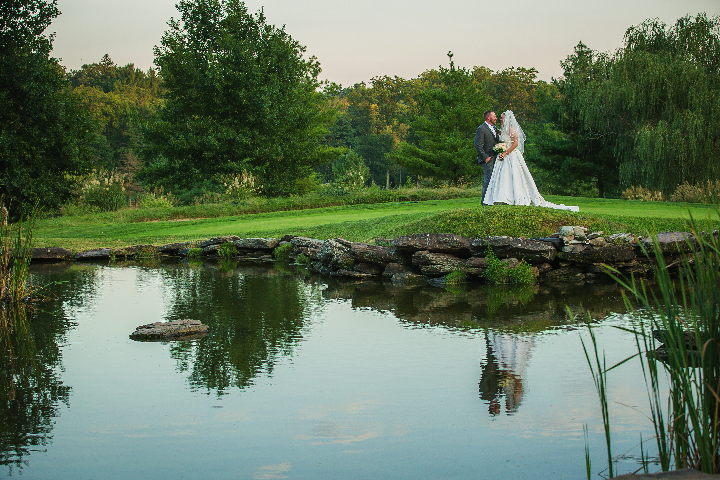 New York couple weds on stunning golf course – New York Country Club in Spring Valley, NY