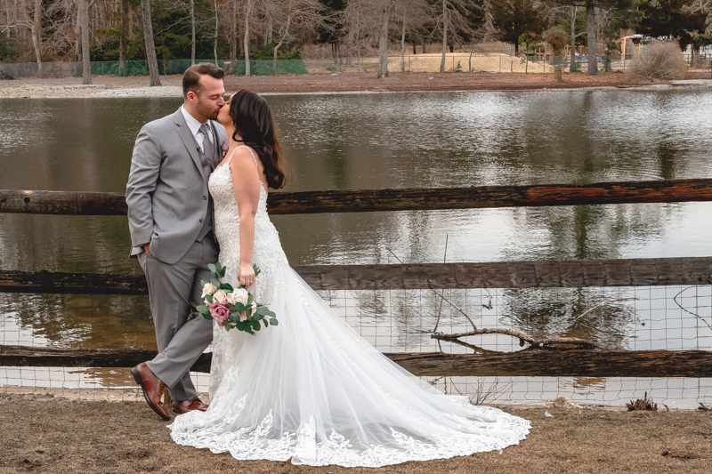 Melanie and Kyle's Wedding Videography at the Smithville Inn