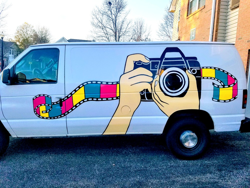 Moving Pictures PhotoBooth Van at Elegant Bridal Show