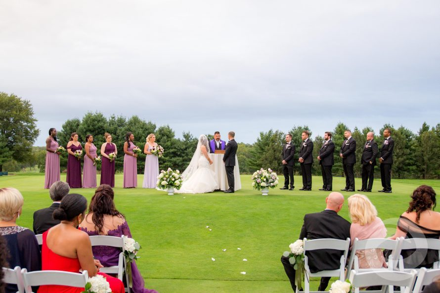 Should You Use Your Venue's Preferred Vendor List?