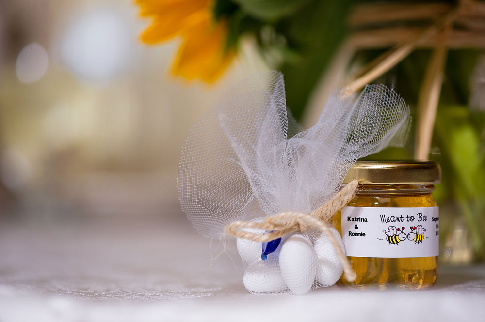 Katrina's Honey Jar Wedding Favors Story
