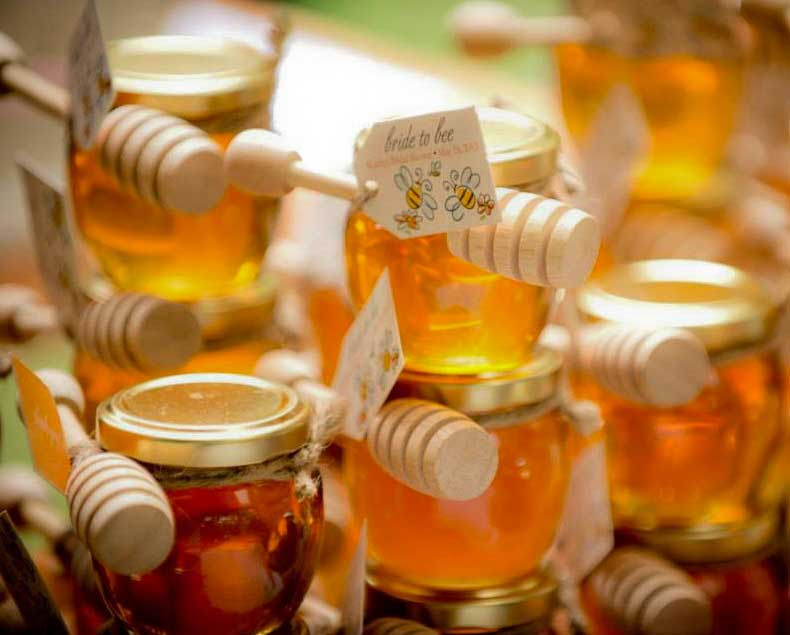 Honey Jar Wedding Favors have Health Benefits